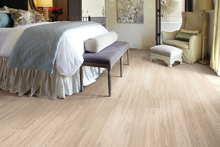 Laminate flooring in lake forest